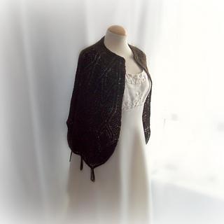 Black_shetland_lace_shawl_small2