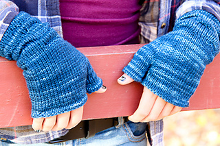 Ruckle_mitts_last_look-2_small2