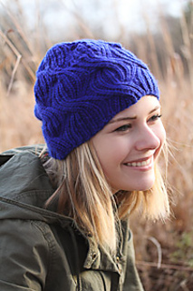 Azul_hat_the_knitting_vortex_small2