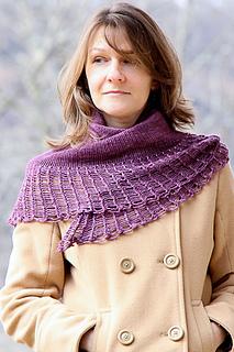 Arachnoshawl_dk_the_knitting_vortex_small2