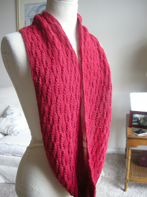 Simple Knitting Pattern For Infinity Scarf : BreeanElyse - beautifully simple knitting - Blog - Free Pattern: Mogul Cowl &...