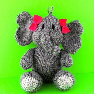 Elephant_sq_small2