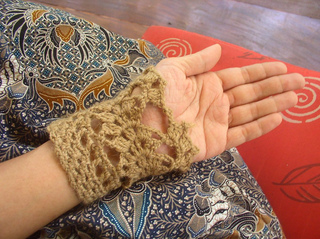 Baby-camel-cuffs-2_small2
