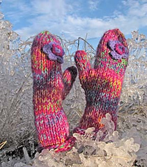 Winter_wonderland_mittens_small_small