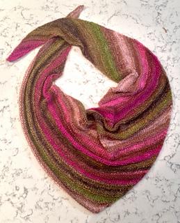 New_years_eve_quaker_yarn_stretcher_boomerang_hand_knitted_karen_v_chin_12312014_small2