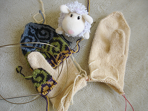 Lace And Lupins Fraternal Fiddlehead Mittens Lined