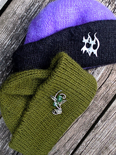 Pf5-2hats_small2