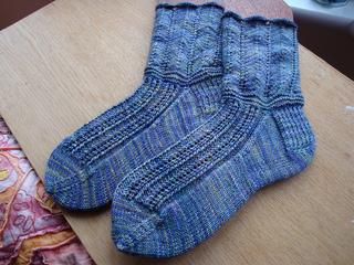 Della_socks_small2