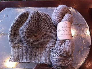 Hat_and_yarn_small2