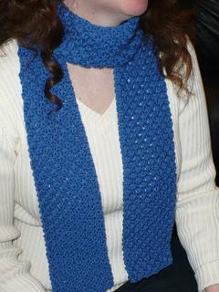 Daisy_scarf_close_up_small2