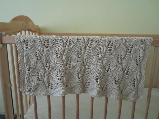 Modelo tejido palillo colcha bebé - Imagui
