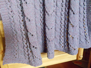 Betsi_blanket_3_medium2_small2