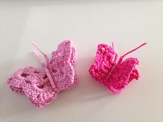 Pinkbutterflies_small2
