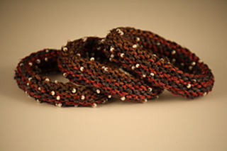 Knitted_bangles_small2