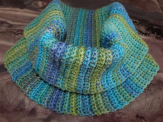 Alicia_s_cowl_small2
