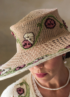 English_garden_hat_pic2_small2