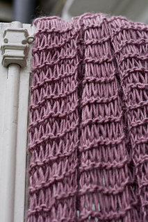 Scarf_close_up2_small2