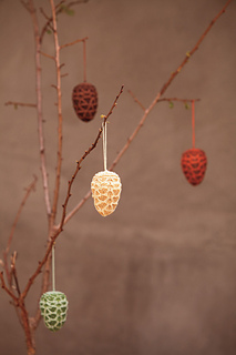 Ostermiller-pinecones3main_small2