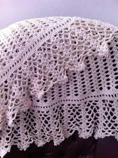Little_bear_and_big_love_and_cotton_lace_shawl_012_small2