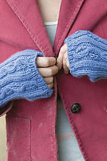Cornflower-mitts-newton_small2