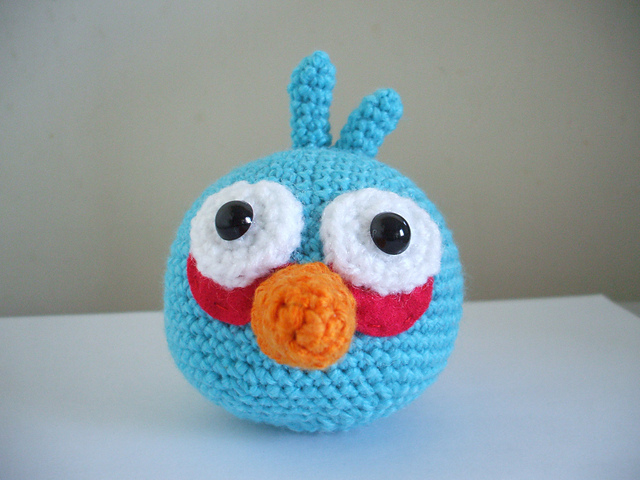 Black Angry Bird Amigurumi Pattern : AmiCastle: Angry Birds Amigurumi Patterns