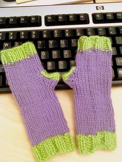 Purple-greenkidmitts_small2