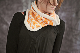 Arrow_cowl_front_2_web_small2