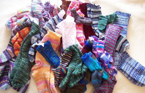 Pile_of_socks_medium