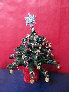 Christmas_tree_beanie25_small2