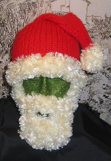Bearded_santa_hat8_small2