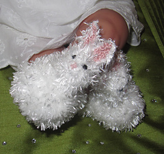 Baby_fluffy_bunny_boots_knitting_pattern_by_madmonkeyknits5_small