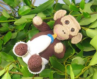 Charlie_chimp_baby_chimpanzee_by_madmonkeyknits3_small2