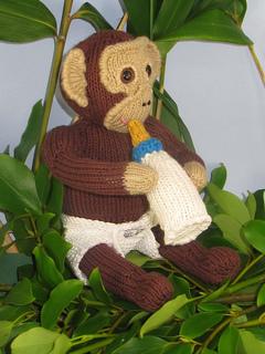 Charlie_chimp_baby_chimpanzee_by_madmonkeyknits6_small2