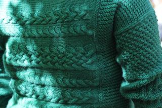 Henri_knitting_pattern_ann_leachman_holla_knits_springtree_road_praline_dk7_small2
