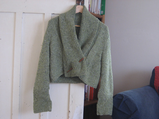 Wide_collar_cardie_in_beanshoot_green_small2