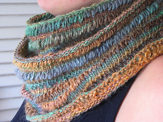 Rustic_earth_cowl_15_small2