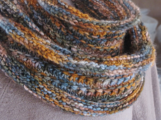 Autumn_sky_cowl_3_small2