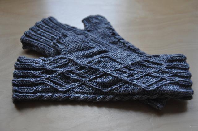 kuriose handschuhe ohne finger knit it black self made. Black Bedroom Furniture Sets. Home Design Ideas