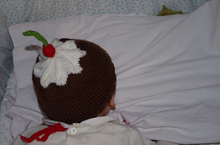 Cup_cake_hat_3_rid_small2