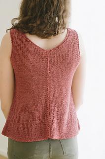 Quince-co-tamsin-dawn-catanzaro-knitting-pattern-kestrel-3_small2