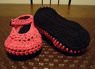 Pink_black_booties3_small2