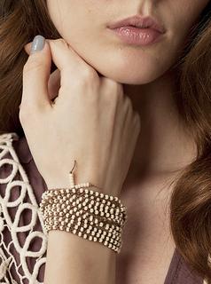 Vkcro12_jewelry_07rav_small2