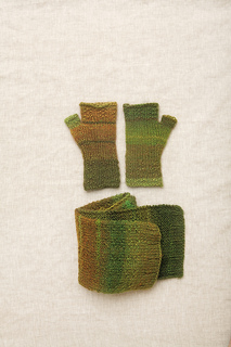 Victory_scarf_and_wristers_small2