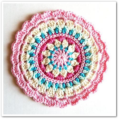 Crochet Free Pattern Mandala : El mon de Rosal?a: Crocheted mandalas