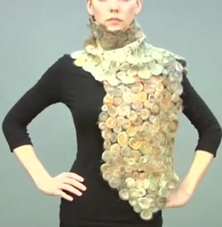 Needle-felted_scarf__vogue_knitting_fplein_ecran1_small2