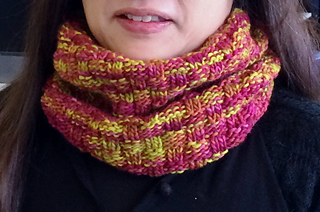Eiko_in_her_cowl_small2