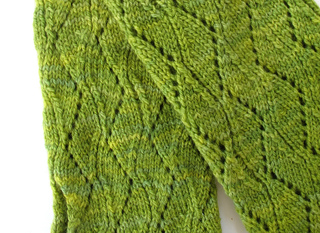 Pattern_greensleeves3_small2