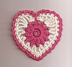 Floral_heart_motif_lg_small