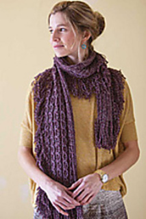Kn_lace-n-cable-scarflette_small2