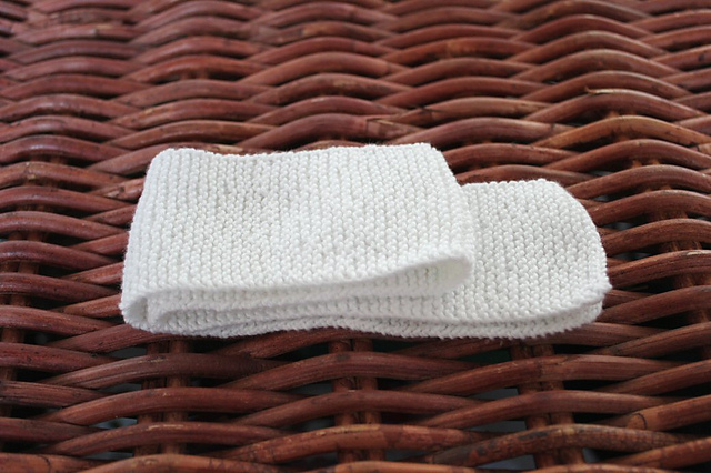 http://www.ravelry.com/projects/misshendrie/wwi-cotton-bandage